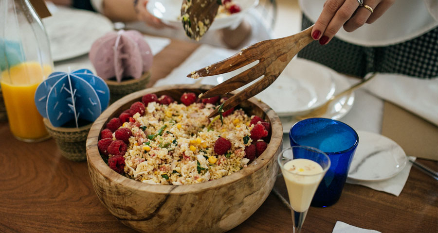 Foto: Kiwo Studio; Catering: Olive Alicante, Ensalada de Bulgur