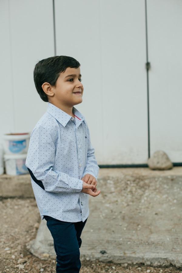 Luis, camisa Bobli, pantalon boboli. Foto kiwo