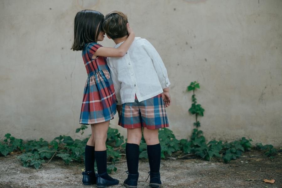 Carla vestido Knot, Daniel Camisa Sainte Claire, Pantalon Knot. Foto Kiwo